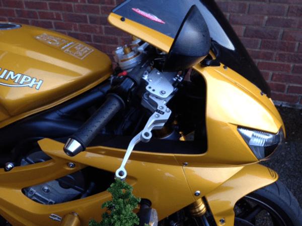 Triumph Daytona K-Lever2 Installation Closeup